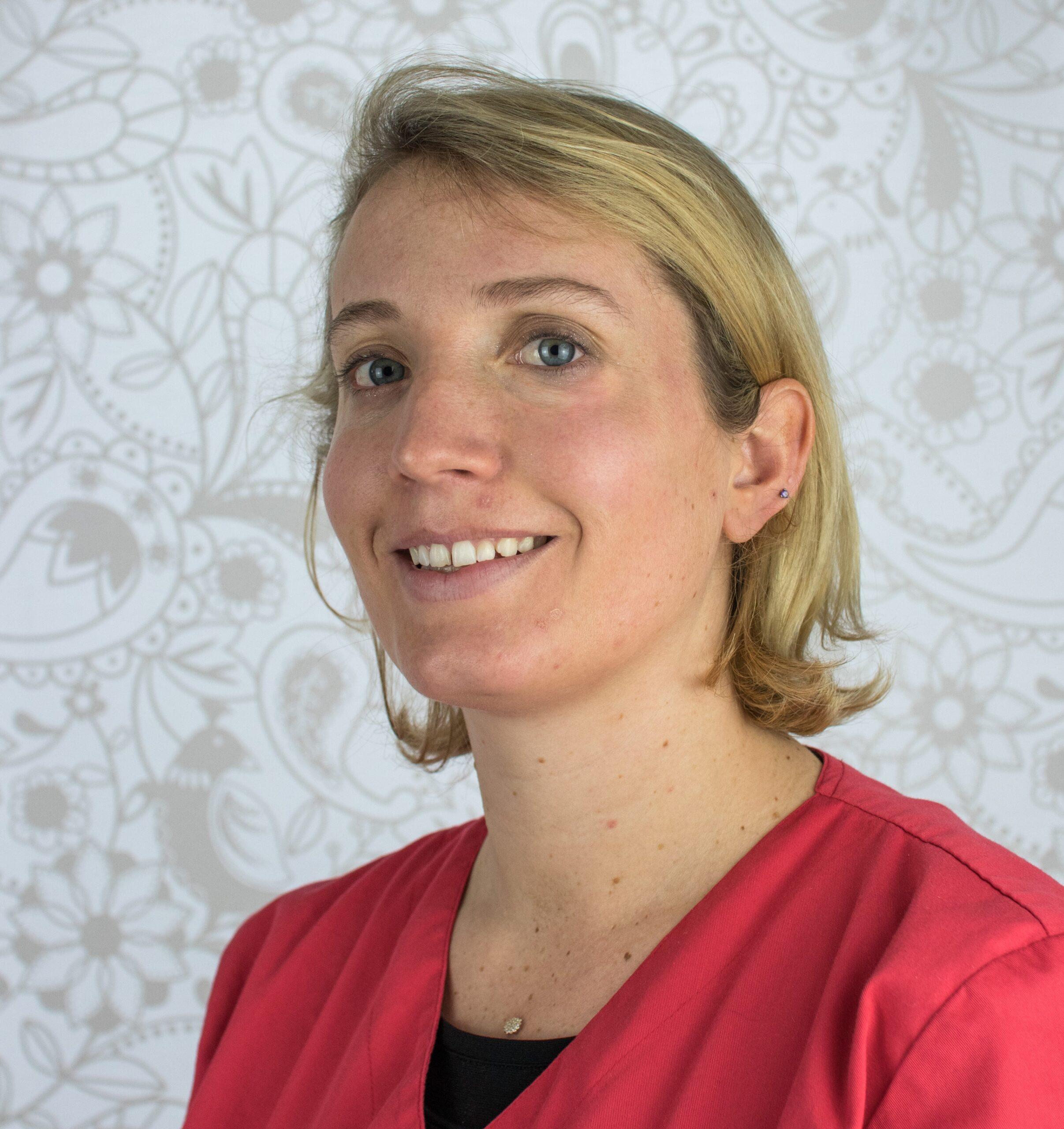 Dr. Raphaelle Cuisinier
